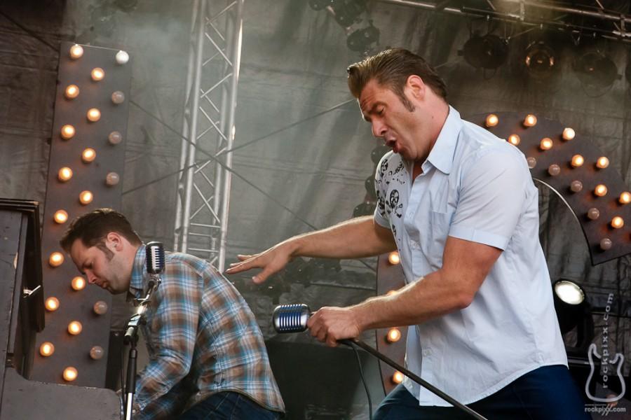 Dick Brave and the Backbeats, 21.06.2012, Kiel, hörn bühne