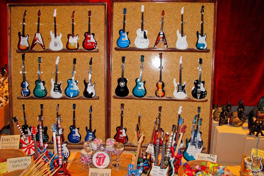 Miniaturgitarren in Bregenz