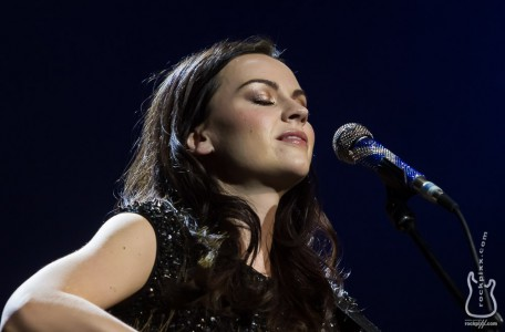 Amy Macdonald, 20.12.2013, Hamburg, AIDA Night of the Proms 2013, O2 World